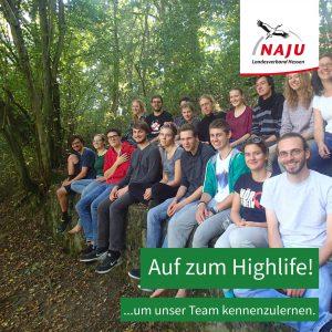 Gruppenbild von vielen NAJU Aktiven. Aufruf zum Highlife zu kommen